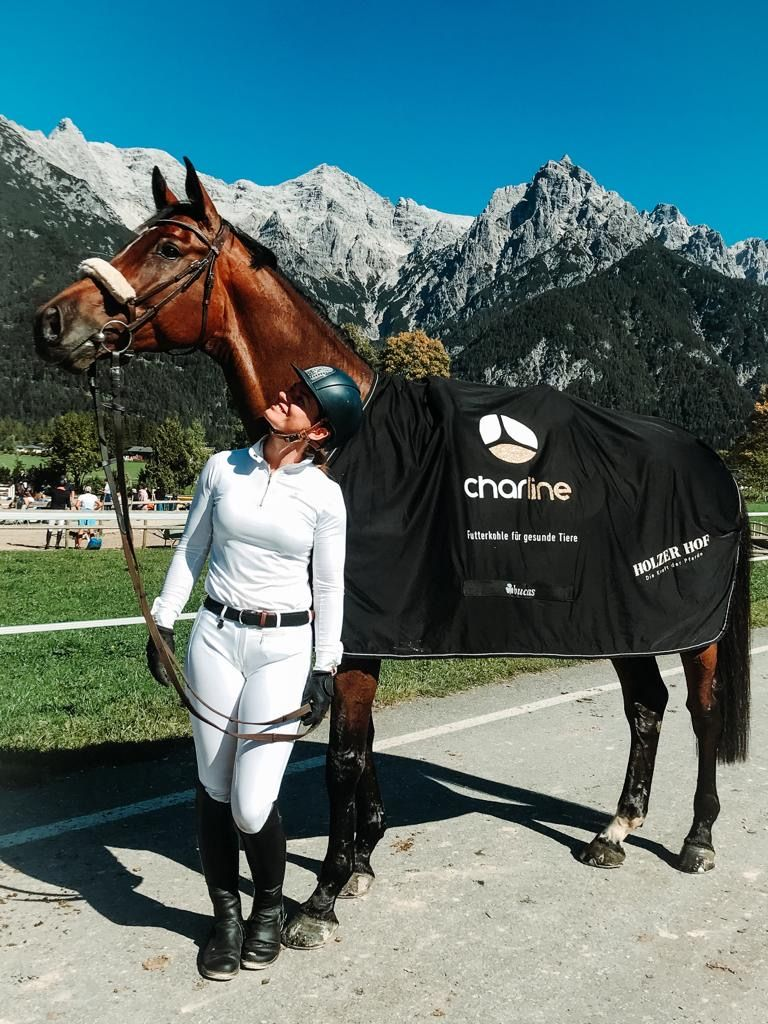 Calm Horse Academy | Stefanie Holzer | KohlenStoff powered by CharLine GmbH