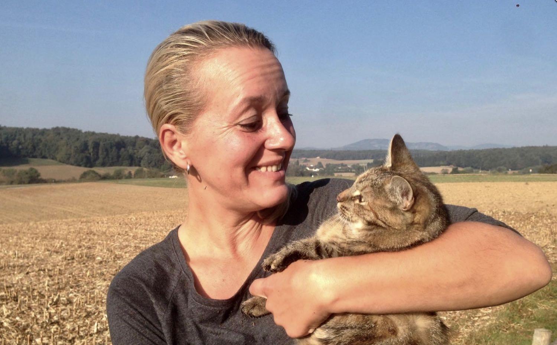 Erfahrungsbericht Helga Döme, Futterkohle für Katzen